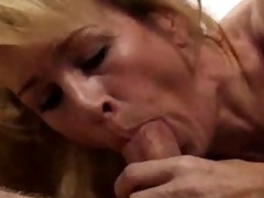 euro d like to fuck receives cummed on her