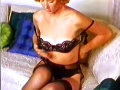 daytripper - vintage stockings redhead nylons