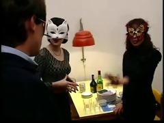 hot party (festa escaldante). movie scene +