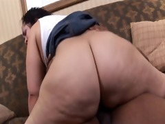fat swarthy beauty receives black knob pounded